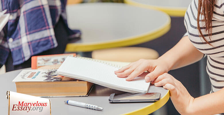 Write Scholarships Essay